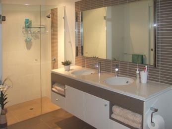 Refresh bathrooms renovations makeover bathroom builder house berwick melbourne Small bathroom design melbourne